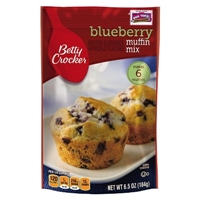Betty Crocker Blueberry Muffin Mix 6.5 oz Food Product Image