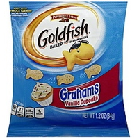 Goldfish Graham Snacks Vanilla Cupcake Food Product Image