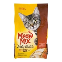 Meow Mix Tender Centers Salmon & White Meat Chicken Flavors Cat Food Food Product Image